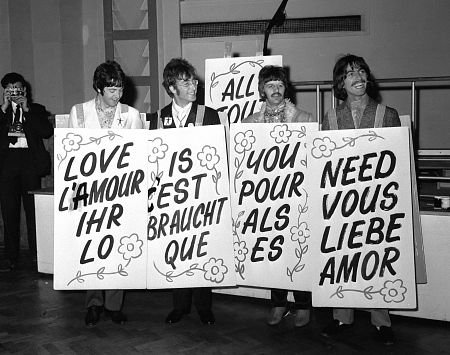 The+Beatles+love+is+all+you+need.jpg